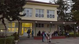 V obciach, kde sa netestovalo, sa nešlo ani do školy. Učitelia sú nespokojní