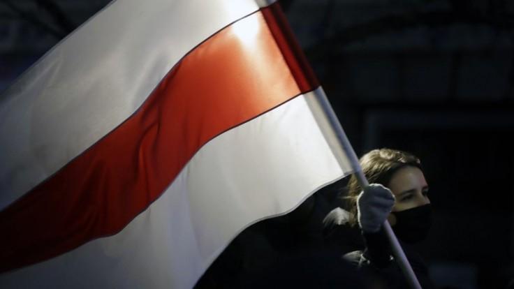 Obavy o slobodu tlače. Ropný gigant kúpil v Poľsku vydavateľstvo