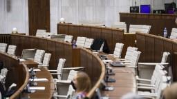 Rokovanie NR SR aj o štátnom rozpočte či odoberaní titulov
