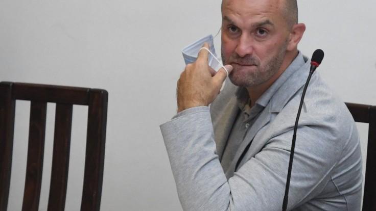 Bödör zvykol telefonovať s politikmi. Jeden kontakty potvrdil