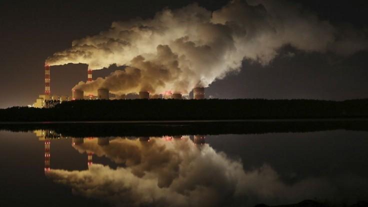 Pandémia aj pomohla, rekordne klesli emisie. Vypočítali, o koľko