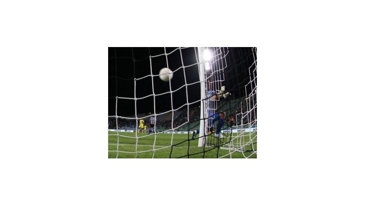 Ďuriš strelil víťazný gól Plzne, Neapol rozbil AIK a Hamšík videl červenú