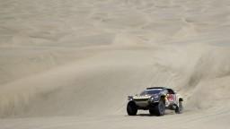 Loeb bude jazdiť v Extreme E, doplní Hamiltonovu stajňu