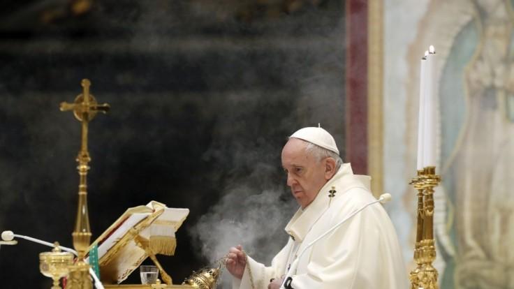 Uhlíkovo neutrálny chce byť i Vatikán. Pápež vystúpil na summite