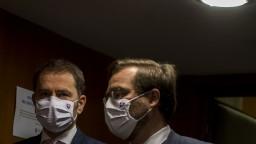 Príde sprísňovanie? Vláda rokovala o návrhoch Pandemickej komisie