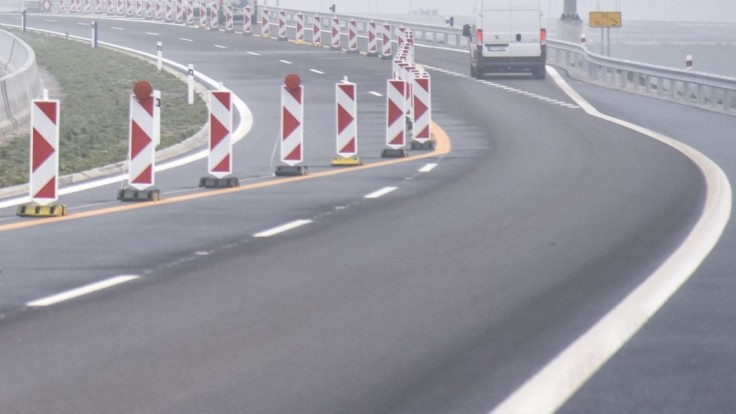 Cestný zákon sa mení, upraví vyvlastnenie i diaľničné reklamy