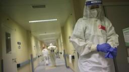 Pribudlo najviac obetí od začiatku pandémie a tisíce nakazených
