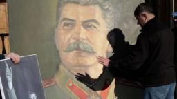 Stalin prišiel o čestné občianstvo. Bratislava ho udelila pápežovi
