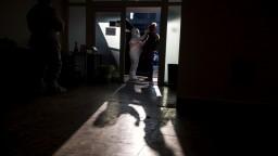 Celé Slovensko je čierne, počet obetí pandémie sa zdvojnásobil