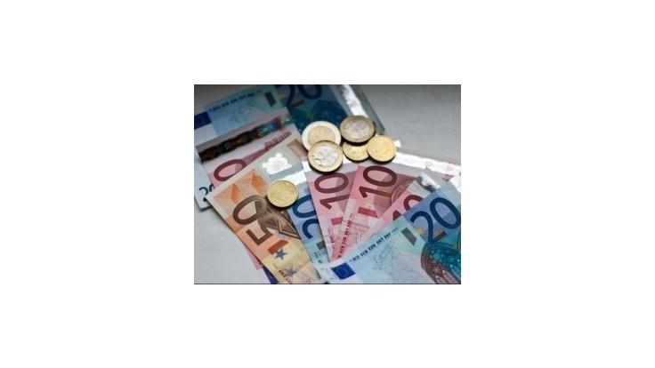 EK povolila presun 70 miliónov eur na podporu zamestnanosti