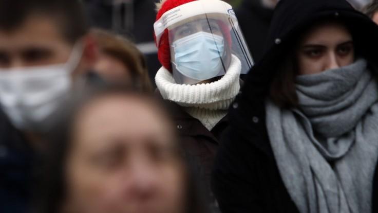 Tretia vlna je v Srbsku výrazne horšia, pribudli tisíce prípadov