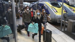 Uviaznutí Slováci môžu vstúpiť do Francúzska, podmienkou je test