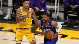 NBA: Úvod ročníka Lakers nevyšiel, prehrali s mestským rivalom