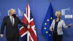 EÚ a Británia zabránia chaotickému rozchodu, dospeli k dohode