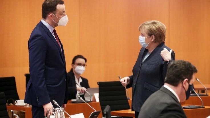 Minister predbehol Merkelovú, stal sa najpopulárnejším politikom