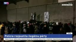 Polícia rozpustila zakázanú párty, zúčastnili sa jej tisícky ľudí