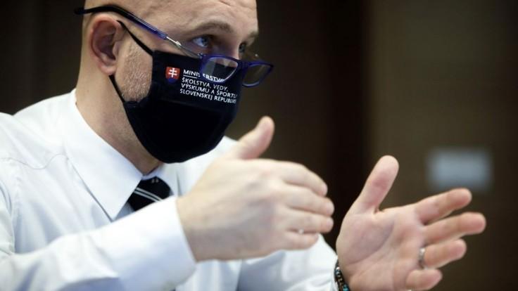 Gröhling chce spájať vysoké školy, vyčlení na to balík peňazí