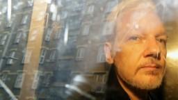 Dostane sa na slobodu? Zakladateľa WikiLeaks odmietli vydať do USA