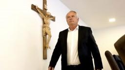 Zástupca Lučanských hovoril s ministerkou. Kto nešťastie využíva?