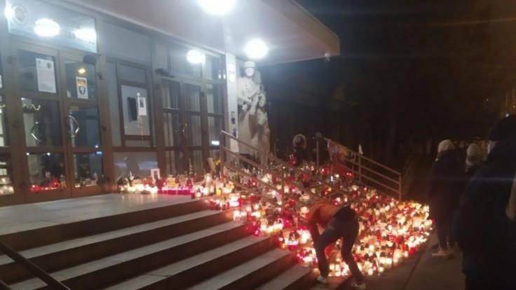 V ČR sa zišli priaznivci Trumpa, časť si pripomenula Lučanského