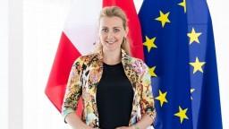 Ministerka končí pre plagiátorstvo, titul získala na Slovensku