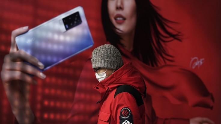 Čína hlási najviac prípadov od júla, v ohnisku zaviedli lockdown