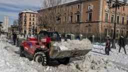 Spolupracovníčka TA3 Ľ. Zlochová o návaloch snehu v Španielsku