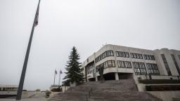Poslanci súhlasili s núdzovým stavom, odobrili rozhodnutie vlády
