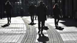 Nemecko sprísňuje, ľudia z rizikových krajín budú musieť byť negatívni