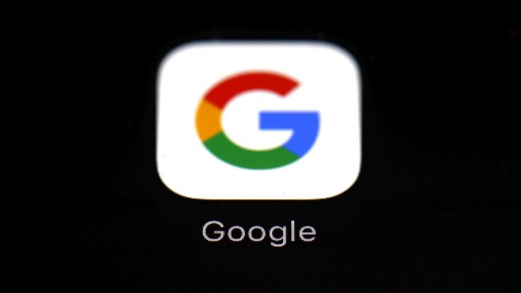 Google v USA dočasne ruší politickú reklamu, obáva sa násilia