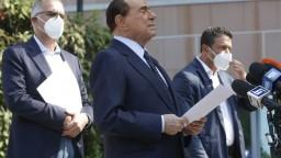 Berlusconiho hospitalizovali, dôvodom sú problémy so srdcom