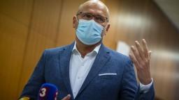 Vláda hodiny rokovala o pandémii. Riešenie bude kompromisom