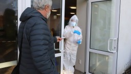 Testovanie pokračuje, mestá chcú odbremeniť nemocnice
