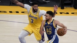 Golden State Warriors vyhralo nad Los Angeles Lakers