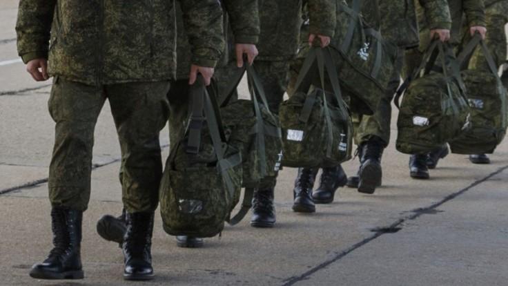Odsúdili vojaka, ktorý po tvrdej šikane postrieľal ôsmich kolegov