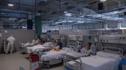 Španieli hlásia nový rekord nakazených, pribudli i stovky obetí