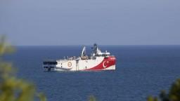 Grécko a Turecko obnovili rokovania, cieľom je zmierniť napätie