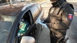 Po testovaní bude tvrdý režim, polícia avizuje prísnejšie kontroly