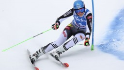 Vlhová skončila mimo prvej desiatky. Slalom ovládla Worleyová