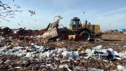 Za odvoz odpadu si priplatíme, dôvodom je obmedzovanie skládkovania