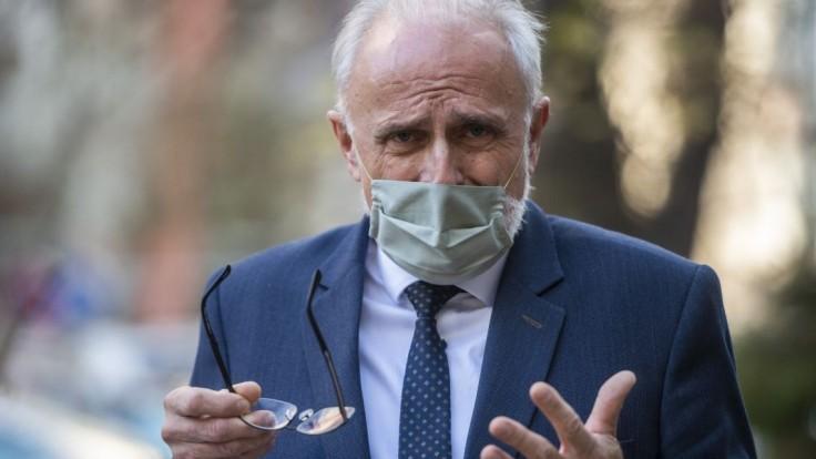 Mičovský je na odvolanie, tvrdí Smer. Ministerstvo vraj nefunguje
