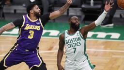 LA Lakers zvíťazili v Bostone, svojich priaznivcov nesklamali