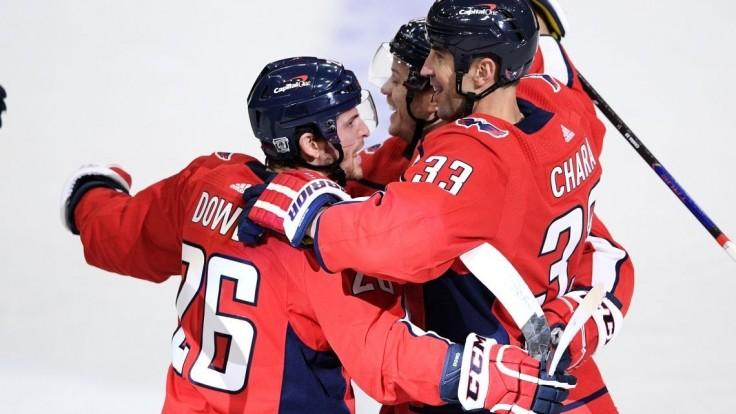NHL: Chára skóroval proti Bostonu, Halák zneškodnil 23 striel