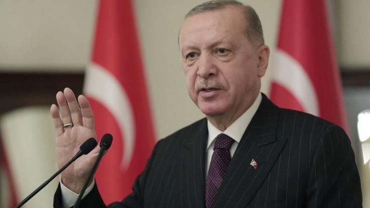 Upevní si svoju moc? Erdogan naznačil zmenu ústavy