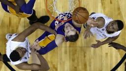 LA Lakers majú na konte už 16 výhier, porazili Atlanta Hawks