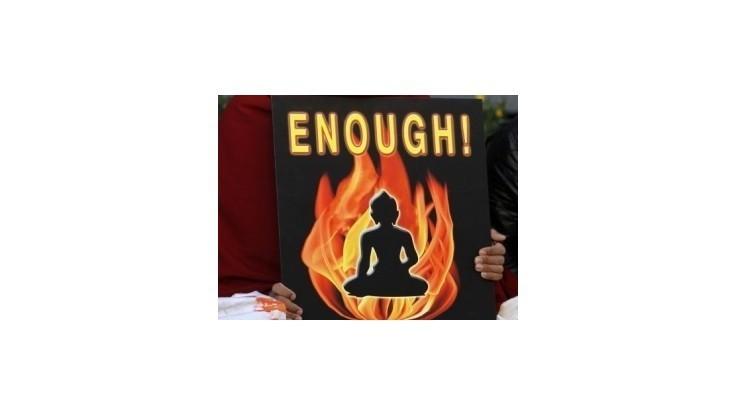 Tibetskí exulanti diskutujú o reakcii na samoupálenia