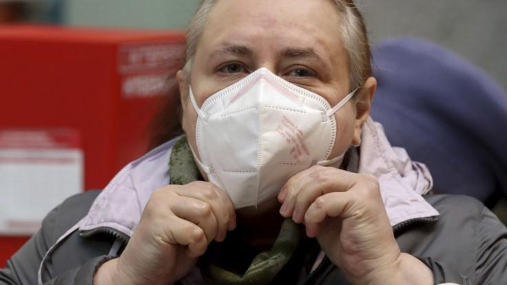 Na respirátory bude nulová sadzba DPH, poslanci sa zhodli