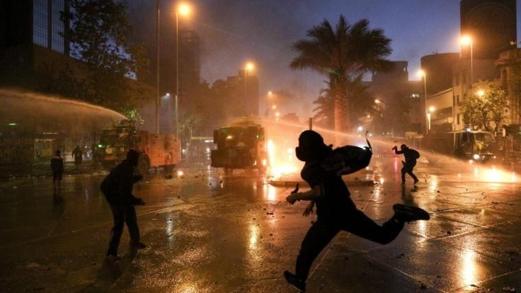 Policajt zastrelil umelca, v Čile protestujú proti násiliu