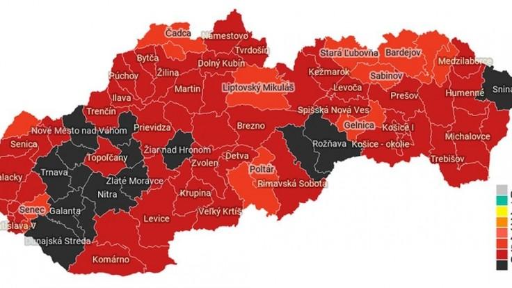 Toto je 15 čiernych okresov. Hrozí tu najväčšie riziko nákazy