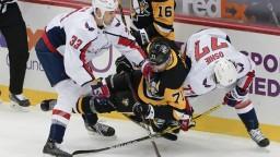 NHL: Chára strieľal, brankára ohrozil aj Pánik. Washington nebodoval